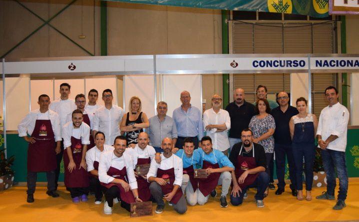 Foto de Falimia al completo de todos los cocineros participantes FM
