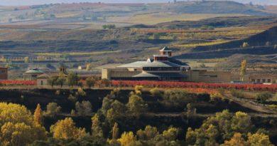 vista-del-museo-vivanco-de-la-cultura-del-vino-y-bodegas-vivanco-fm