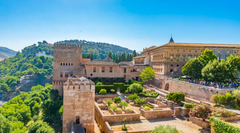 """La Alhambra de Granada, la primera de """"las 7 maravillas de España"""" - ORIGEN"""