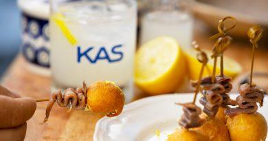 Buñuelo de anchoa y membrillo, una receta de Gipsy Chef para combinar con Kas
