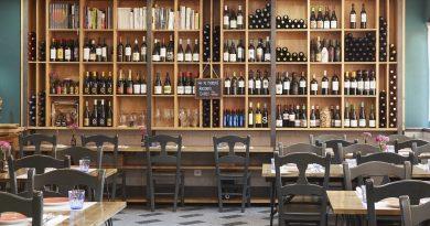 Uskar: La original bodega de un restaurante de barrio en Madrid